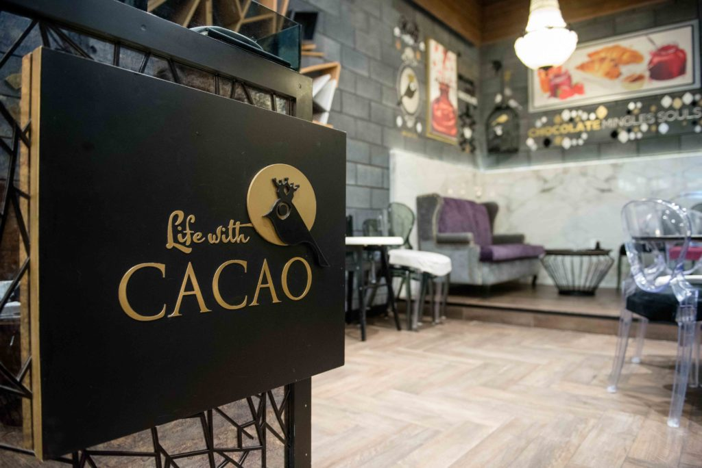 LIFE WITH CACAO – Where You Can Relax, Eat And Drink In Style